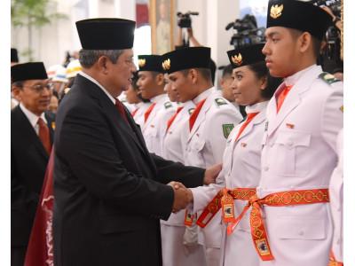 Siswa-siswi SMA N 1 KM jadi pelaksana Upaca Bendera di Istana Negara